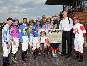 Velazquez Reaches 5,000 Wins on Perfect Day