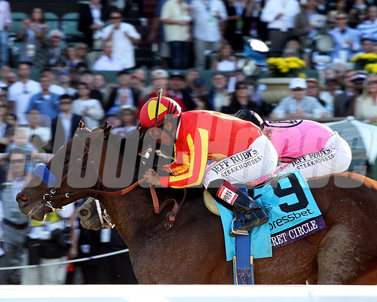 Secret Circle wins the Xpressbet Breeders' Cup Sprint (gr. 1)
