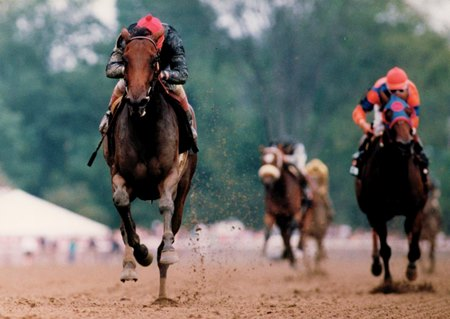 Heavenly Prize wins the 1994 Alabama Stakes by seven lengths over runner-up Lakeway