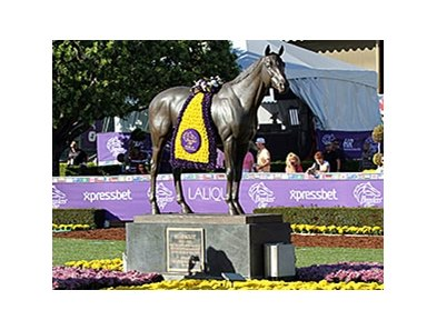 "<br><a target=""blank"" href=""http://photos.bloodhorse.com/BreedersCup/2013-Breeders-Cup/Sights-and-Scenes/33072966_qF5HST#!i=2875748440&k=tGmsgKV"">Order This Photo</a>"