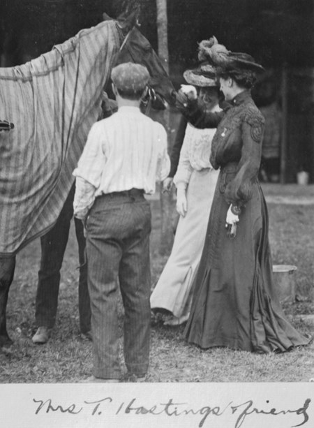 Mrs. T. Hastings & friend visit with one of their favorites at Saratoga Race Course in 1903.