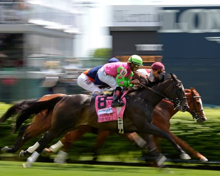 Caption: first time by, Effie Trinket #8, as Coffee Clique with Javier Castellano goes on to win.