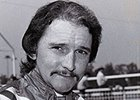 Jockey Jerry Lambert Dies at 74