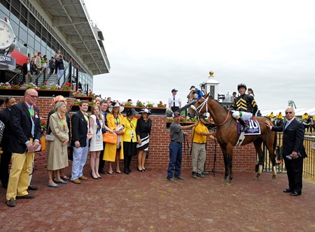 Skyring in the Winner's Circle after winning the Dixie Stakes (gr. IIT).