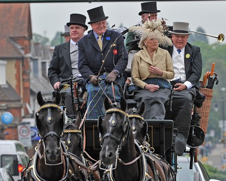 Arriving at Ascot by carriage.