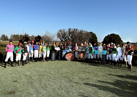 Jockeys gather for Calvin Borel's 5000th win.