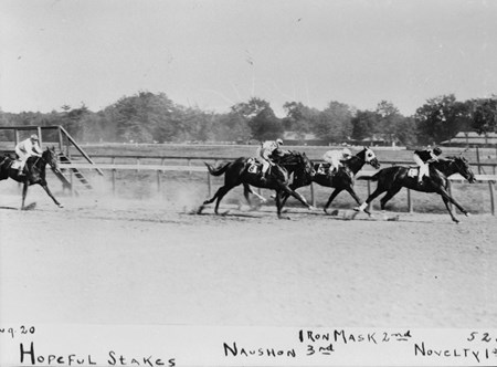 Novelty winning the 1910 Hopeful Stakes from Iron Mask and Nauson at Saratoga Race Course.