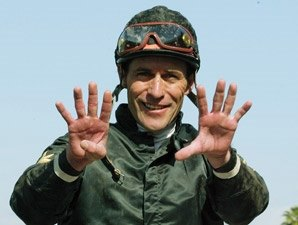 Gary Stevens Hurt Working Horse at Saratoga