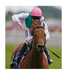 "Midday rolls to victory in the Darley Yorkshire Oaks.<br><a target=""blank"" href=""http://www.bloodhorse.com/horse-racing/photo-store?ref=http%3A%2F%2Fpictopia.com%2Fperl%2Fgal%3Fprovider_id%3D368%26ptp_photo_id%3D9150997%26ref%3Dstory"">Order This Photo</a>"