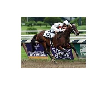 "Appealing Zophie wins the Spinaway Stakes at Saratoga.<br><a target=""blank"" href=""http://www.bloodhorse.com/horse-racing/photo-store?ref=http%3A%2F%2Fpictopia.com%2Fperl%2Fgal%3Fgallery_id%3D6823%26process%3Dgallery%26provider_id%3D368%26ptp_photo_id%3D536227%26sequencenum%3D%26page%3D"">Order This Photo</a>"