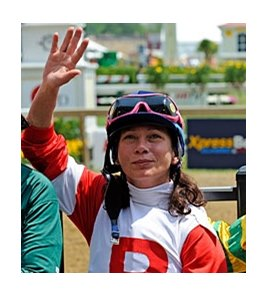 Gwen Jocson won the first Legends for the Cure race for retired female riders.
