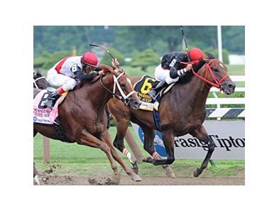 Sean Avery wins the Vanderbilt Handicap