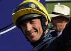 Dettori Strikes With 'Gold' in 2000 Guineas