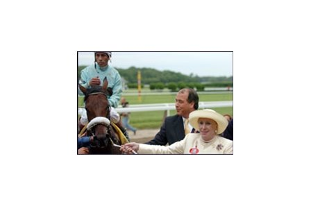 Owners Marylou Whitney and John Hendrickson (shown with Belmont Stakes winner Birdstone) have tapped veteran assistant to serve as their private trainer.