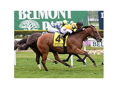 "Twilight Eclipse tries for two in a row in the Knob Creek Manhattan Stakes.<br><a target=""blank"" href=""http://photos.bloodhorse.com/AtTheRaces-1/At-the-Races-2015/i-kS5hQ9r"">Order This Photo</a>"