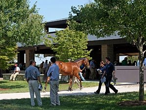 Ladies Day Tuesday at Keeneland