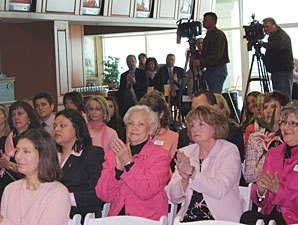 Susan G. Komen Renews KY Oaks Partnership
