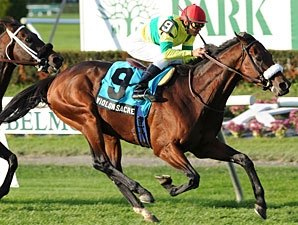 Violon Sacre Rallies to Win Knickerbocker