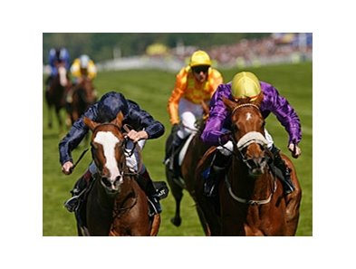 "Rite of Passage (right) outfinishes Age Of Aquarius to win the Gold Cup at Royal Ascot.<br><a target=""blank"" href=""http://www.bloodhorse.com/horse-racing/photo-store?ref=http%3A%2F%2Fpictopia.com%2Fperl%2Fgal%3Fprovider_id%3D368%26ptp_photo_id%3D9072097%26ref%3Dstory"">Order This Photo</a>"