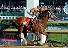 Lovely Maria winning the 2015 Kentucky Oaks