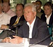 Stronach Tells CHRB He'll Use $24M on Upgrades