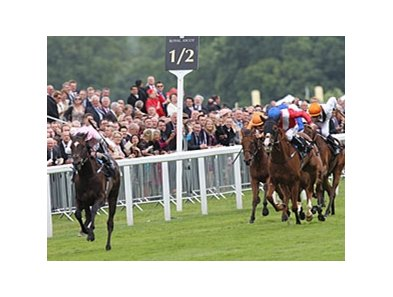 "Fallen For You leaves the others behind in the Coronation Stakes.<br><a target=""blank"" href=""http://photos.bloodhorse.com/AtTheRaces-1/at-the-races-2012/22274956_jFd5jM#!i=1920849734&k=CdFN2s9"">Order This Photo</a>"