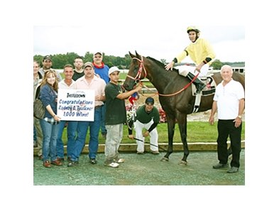 Rodney Faulker celebrates win number 1,000 with family and friends at Thistledown.