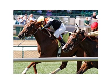 Greta Kuntzweiler (left) finished 2nd on Broken Dreams at Churchill Downs on June 24.