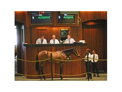 The session topper, hip #212; filly; Indian Charlie - Hollywood and Wine by Tactical Cat, brought a final bid of $425,000.