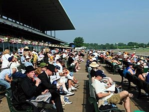 94,476 Attend Belmont; Handle Soars