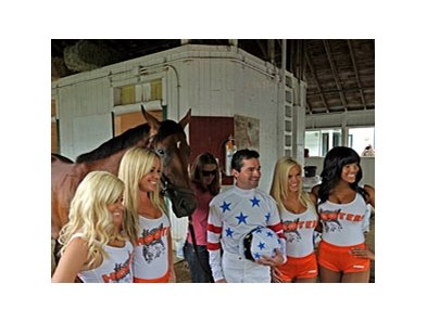 Big Brown, Kent Desormeaux, and the Hooters Girls.