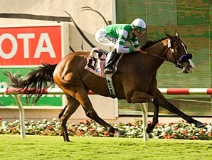 Afleet Eagle Breezes to Oceanside Triumph