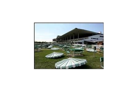 Monmouth Park prepares for the Breeders' Cup.