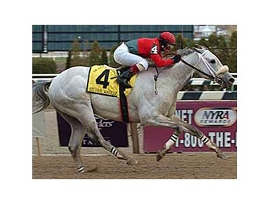 "Silver Wagon <br><a target=""blank"" href=""http://www.bloodhorse.com/horse-racing/photo-store?ref=http%3A%2F%2Fpictopia.com%2Fperl%2Fgal%3Fprovider_id%3D368%26ptp_photo_id%3D979025%0D%0A%26ref%3Dstory"">Order This Photo</a>"