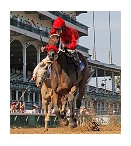 Blueeyesintherein is in control in the Debutante Stakes at Churchill Downs June 23.