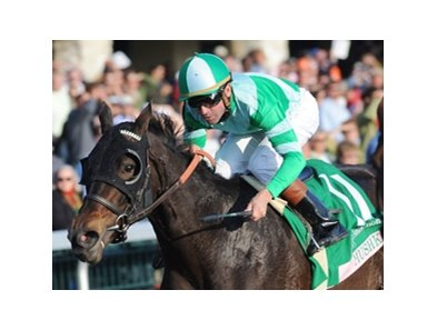 Mushka winning the grade I 2009 Juddmonte Spinster Stakes