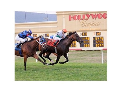 Turf Racing at Hollywood Casino at Penn National