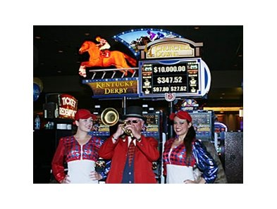 The Calder Casino celebrated the Derby with a Kentucky Derby slot machine.