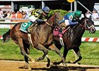 Awesomemundo winning the Allaire DuPont Distaff Stakes.