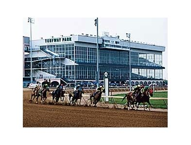 Turfway Park looks to schedule more day racing in 2008.