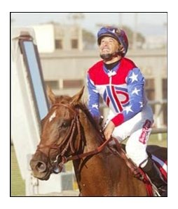 Azeri, with Mike Smith up, makes it 11 wins in a row.