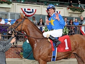 Dominguez Rides Six Winners at Belmont Park