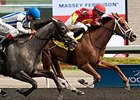 Ol' Fashion Gal Fends Off Late Run in Selene
