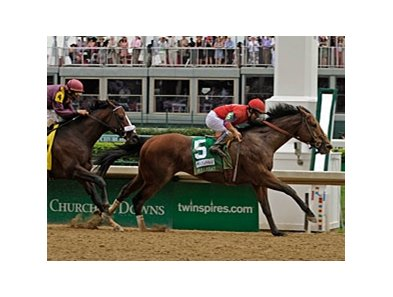 "Bullsbay powers home in the Alysheba.<br><a target=""blank"" href=""http://www.bloodhorse.com/horse-racing/photo-store?ref=http%3A%2F%2Fpictopia.com%2Fperl%2Fgal%3Fprovider_id%3D368%26ptp_photo_id%3D8061219%26ref%3Dstory"">Order This Photo</a>"