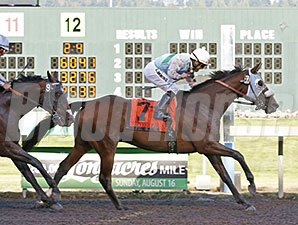 Stryker Phd wins the Longacres Mile.