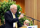 "King T. Leatherbury spoke for 10 minutes in his hilarious, yet sincere speech.<br><a target=""blank"" href=""http://photos.bloodhorse.com/AtTheRaces-1/At-the-Races-2015/i-LQ8p49B"">Order This Photo</a>"