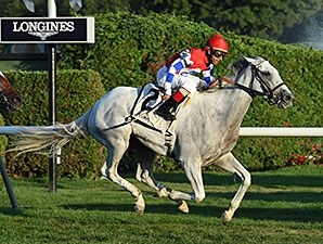 White Rose rolls to victory in the Glens Falls Stakes.