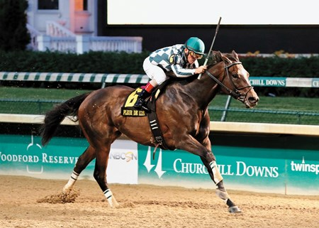 Frivolous wins the Fleur de Lis Handicap (gr. 2) at Churchill Downs on June 13, 2015.