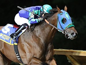 Slip the Cable wins the 2015 WV Lottery Breeders' Classic Stakes.