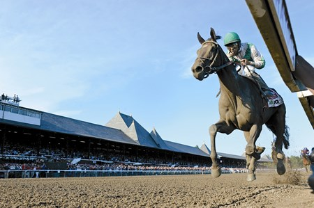 Royal Delta (by Empire Maker) wins the TVG Alabama S. (gr. 1)